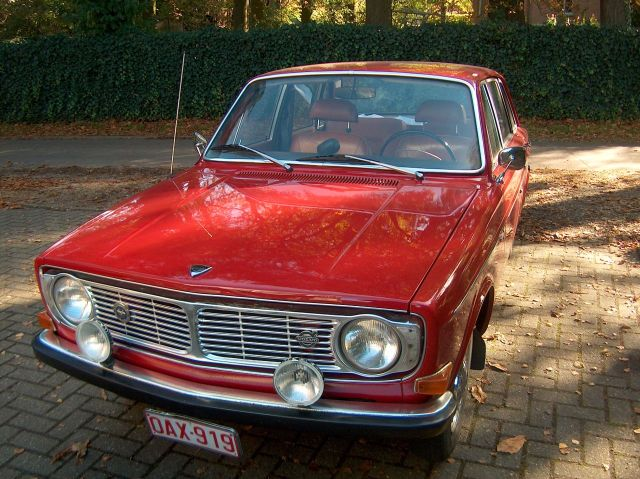 Volvo 144 1967 interieur for Auto interieur verven